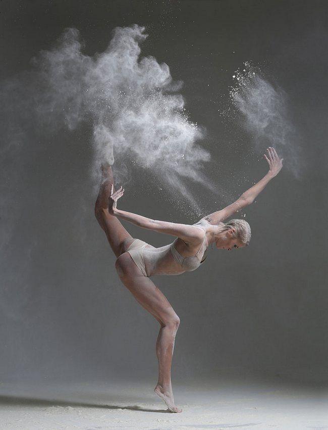 Você nunca mais vai ver bailarinas do mesmo jeito depois dessas fotos