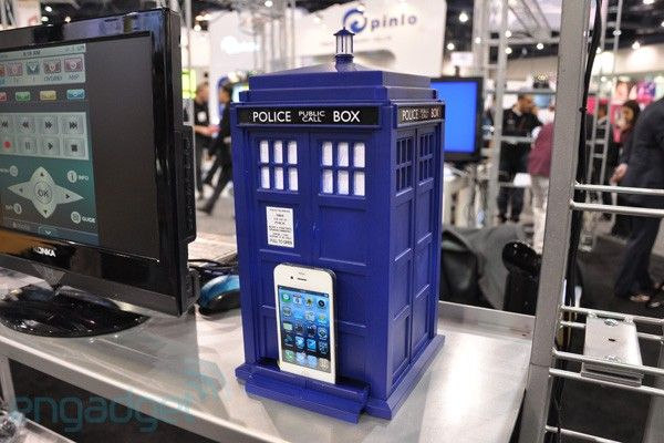I would totally buy an iPod just to use this dock.