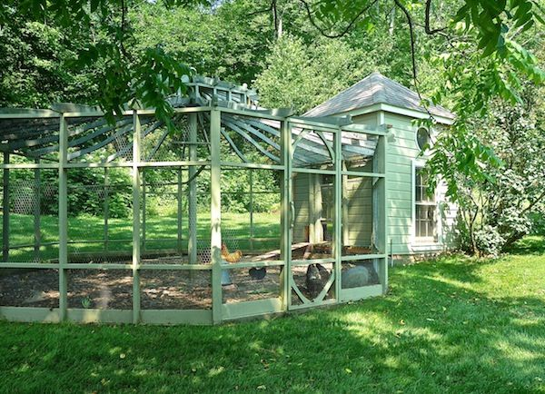 Fancy chicken coops images galleries for Fancy chicken coops