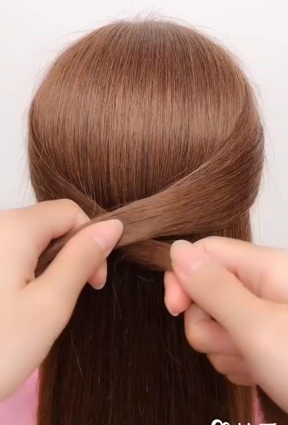 Beautiful enchanting buns hairstyles #hairmedium #bodywave360closure #balayagestraighthair #7abrazilianloosewavewig #bodywavefulllacewig #braziliandeepwavequickweave