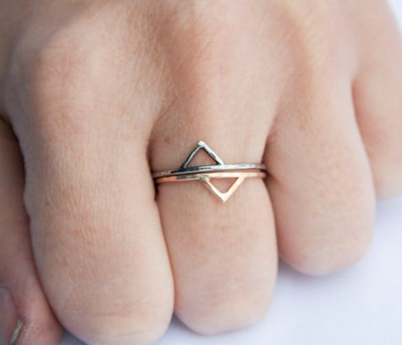 completely in love with these gold spike rings - available on Uncovet