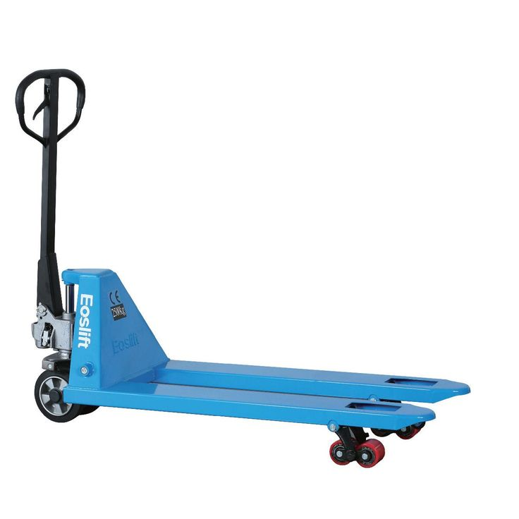 Pallet Truck Shop Encourage Ongoing Safety Training for All Who Work with Materials Handling Equipment,http://www.pallettruckshop.co.uk/index.php/safety-training-blind-spot