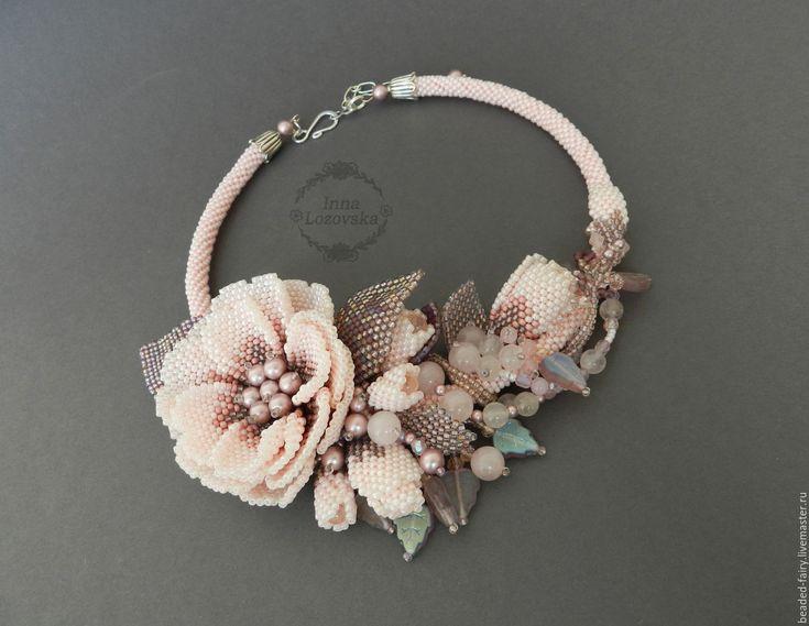 """Купить Колье """"Камелия"""" - нежный розовый, нежное украшение, розовый, колье из бисера"""