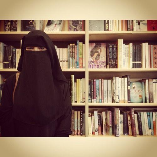 I LOVE ALLAH - #niqab #islam #muslim | via Tumblr