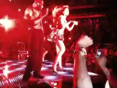 Beyonce Video Phone - live in Atlanta// july 1,2009