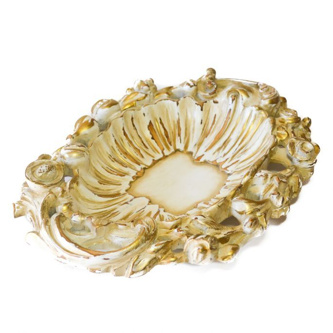 Fruit centerpiece of Art.Intaglio  Jelutong hand-carved oval centerpiece. Walnut finish with antique white lacquer. Manual squeegee to enhance the antique effect, and completed by handcrafted brilliant gold brush decorations.