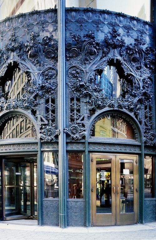 (Northwest, ornamental cast-iron entrance to the Carson, Pirie, Scott & Co Building - Louis Sullivan, 1898-1904.)