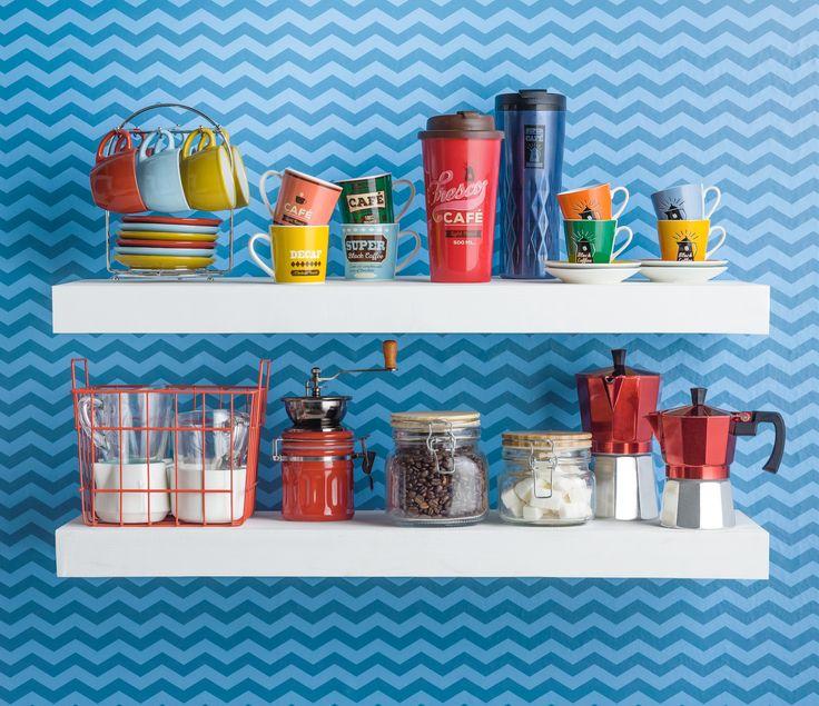 Disfruta de tu café favorito cada día con nuestros accesorios para disfrutar el café. Tenemos tazas de espresso, mugs térmicos para mantener tu café caliente y mucho más.