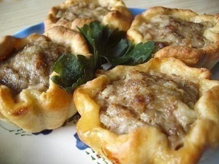 Тефтели в картофельных корзиночках - Kurkuma project (Проект Куркума) И вкусно, и удобно! А если красиво украсить при подаче, то получается отличное праздничное блюдо.