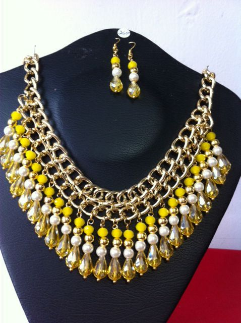 Collar de cristal y perlas