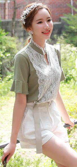 StyleOnme_Scallop Lace Detail Ruffle Sleeve Tee #green #lace #koreanfashion #kstyle #kfashion #seoul #summerlook #feminine #ruffle