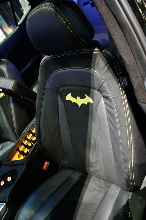dude i would so get batman seat covers if i had a car d cars d pinterest cars. Black Bedroom Furniture Sets. Home Design Ideas
