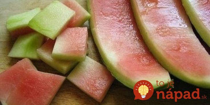 Hovorí sa, že dobrá gazdinka dokáže dokáže aj to, čo iní len tak- bez rozmyslu vyhodia do smetí. Navyše, z týchto kúskov dokážu skvelé veci a dokonca s nimi aj ušetria peniaze pre domácnosť. Naučte sa, ako využiť 3 kúsky zo surovín, ktoré bežne vyhadzujeme do koša – stopky z jahôd, kôstky z čerešní a šupku z melónu