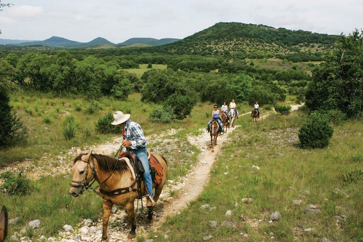 10 Great Hikes in San Antonio and the Hill Country - San Antonio Magazine - April 2017 - San Antonio, TX