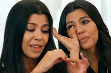 Distraught Kim Kardashian reveals new pregnancy health fears in KUWTK trailer - 3am & Mirror Online