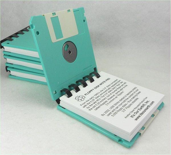 Ideas para reciclar diskettes: Una libreta