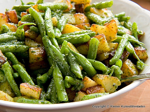 Bratkartoffel-Bohnen-Salat mit Basilikumpesto   Kleiner Kuriositätenladen