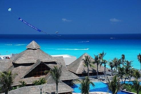 Cancun - Tutti i consigli sulle spiagge e la vita notturna di Cancun, nella penisola dello Yucatan. Le escursioni, gli hotel e i ristoranti da non perdere a Cancun. http://www.marcopolo.tv/centro-/cancun-guida-messico