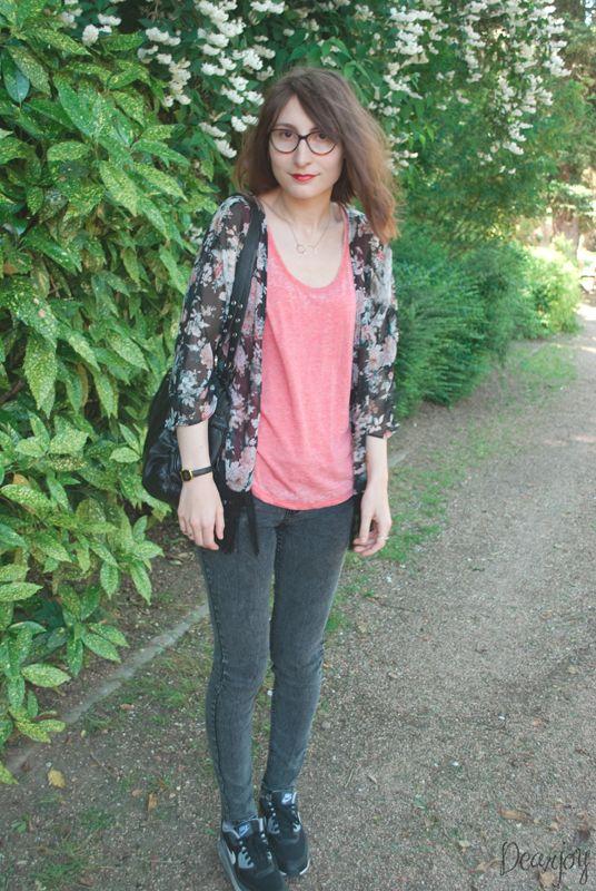 La blogueuse Dear Joy porte notre débardeur et notre jeans slim #look #ootd #blogmode #slim #top