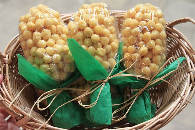 corn treats made with kix. how cute for the little ones.