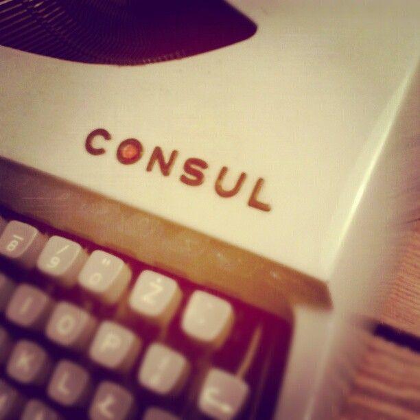 #brzydko #typewriter #consul #letters