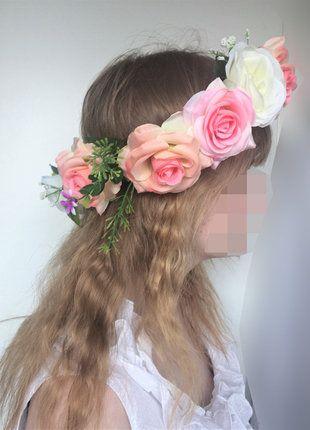 Kup mój przedmiot na #vintedpl http://www.vinted.pl/akcesoria/inne-akcesoria/17601815-wianek-z-roz-biale-rozowe-roze-pastel-goth-dodatek-alternatywny-lato  #lato #wianek #dyi #róże #sprzedam #dosesjizdjęciowej #sesja #alternatywny #dodatek #pastelgoth #goth #lolita #cute #kawaii #vinted #blond #sale #róż