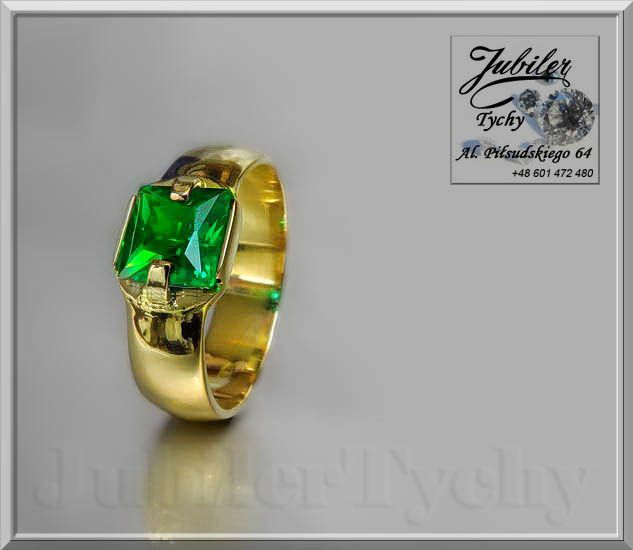 Złoty pierścionek / obrączka z dużym szmaragdem 💍🎁💎 #Złoty #pierścionek z #szmaragdem #złote #pierścionki #obrączki #szmaragdy #Złoto #Gold #złota #biżuteria #jubilertychy #szmaragd #Pracownia #Złotnicza #Jubilerska w #Tychach #Jubiler #Tychy #Jeweller #Tyski #Złotnik #Zaprasza #Promocje:  ➡ jubilertychy.pl/promocje 💎
