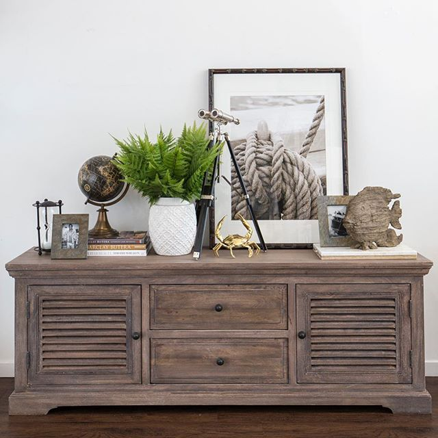 Adding textural elements to interiors helps make the space feel comfortable and welcoming. It can be added in many forms, from art to accessories