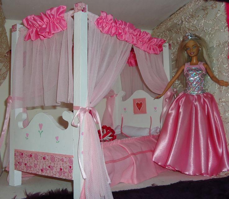 Cama princesa para Barbie