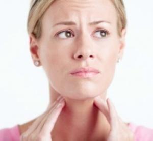 Cuáles son los primeros síntomas del cáncer de garganta