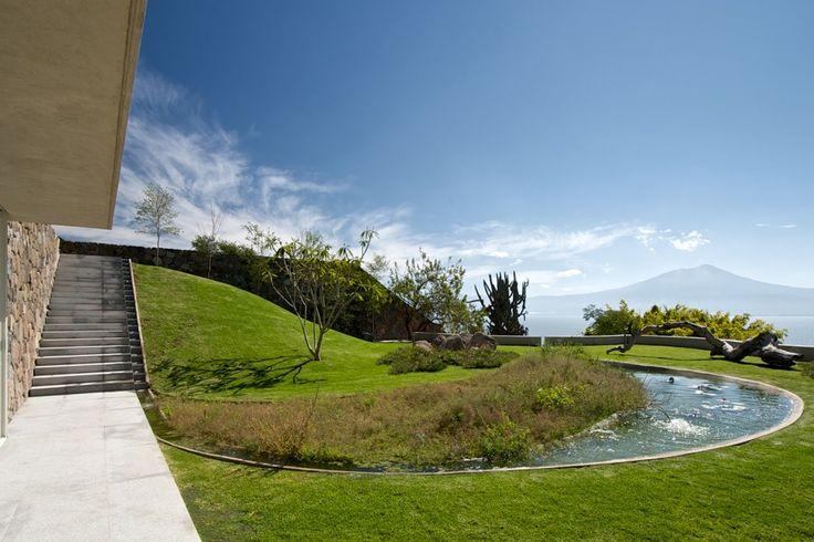 Casa del Lago / Juan Ignacio Castiello Arquitectos