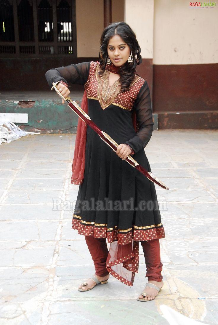 Bindu Madhavi Photo Gallery