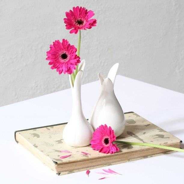 Nothing says spring like a porcelain vase for freshly cut flowers. In stores now. Price from DKK 14,40 / SEK 19,40 / NOK 19,98 / EUR 1,98-3,32 / ISK 388 / GBP 1.63Two sizes.