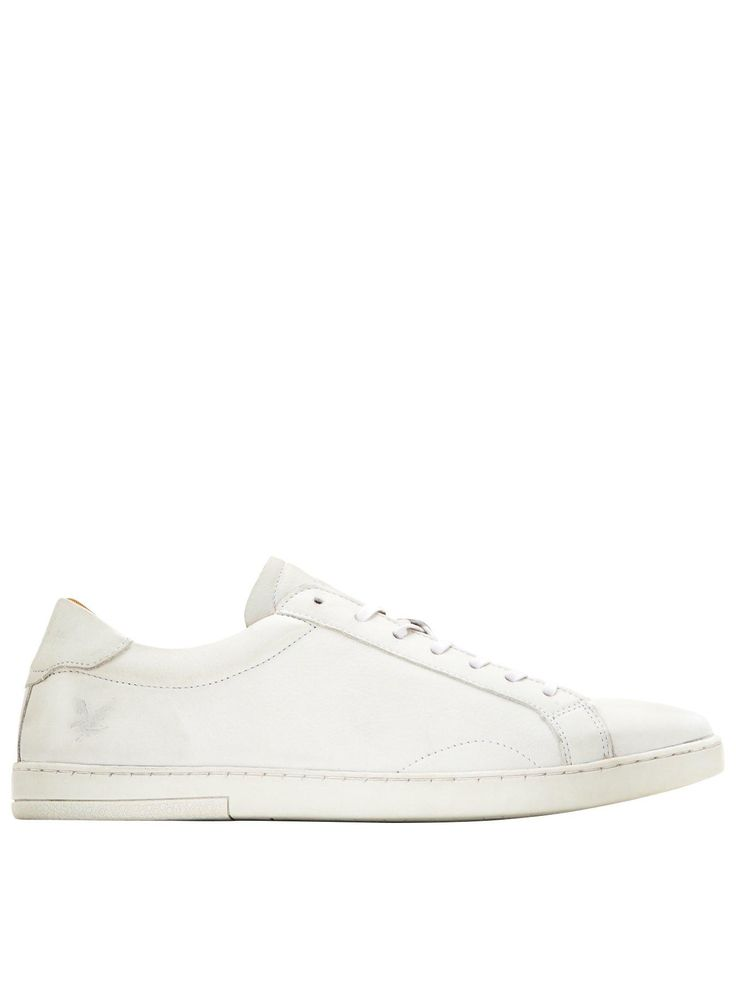 Lyle & Scott Findon Leather Mens Plimsolls – WhiteFreshening up for spring in a pristine white leather, highland sophisticates Lyle & Scott offers up the Findon – a clean-cut simplistic effort. Crafted in the low profile, no-nonsense plimsoll silhouette, they're a smart option for a variety of casual get-ups. The classic lace-up fastening keeps the foot in place, whilst the slim tonal sole rounds off in style. Subtle signature hits are imposed with tonal detailing to the tongue, heel and…