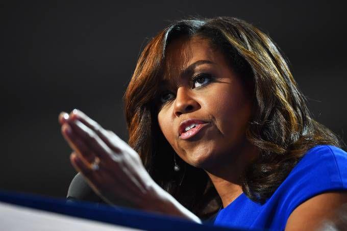 A primeira-dama foi vítima de um comentário racista que gerou polêmica no condado de Clay, na Virgínia Ocidental
