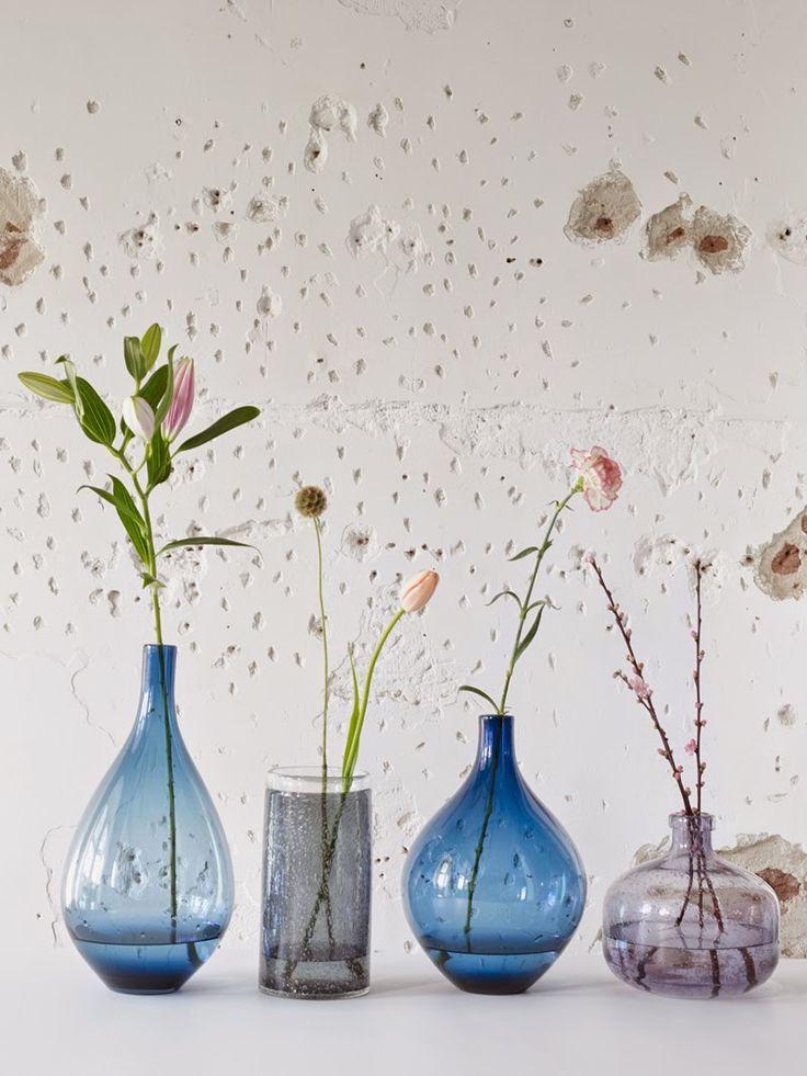 vases en verre coloré Fest Amsterdam via Nat et nature