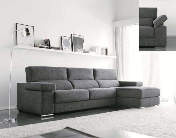 Sofá en tela gris oscuro con apoyabrazos movible