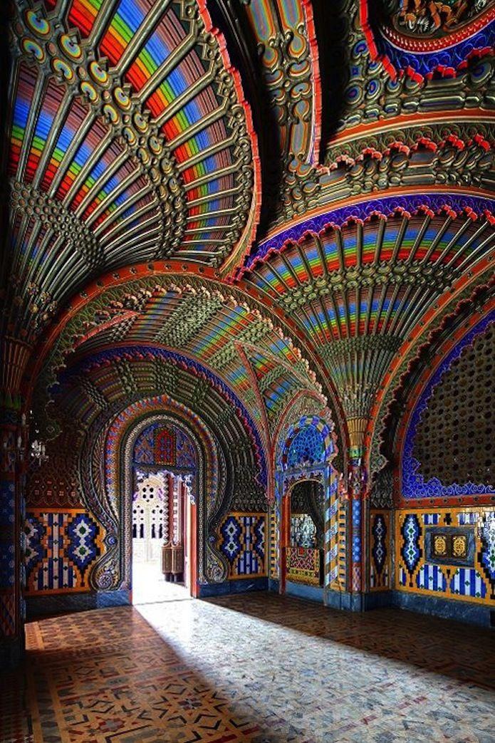 Sala del pavo real, Castillo de Sammezzano,  Toscana,  Italia