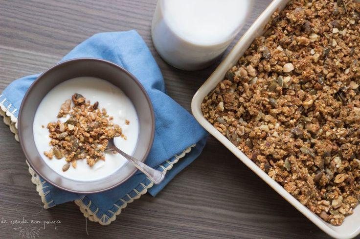 De Verde em Poupa: Granola de aveia e trigo sarraceno