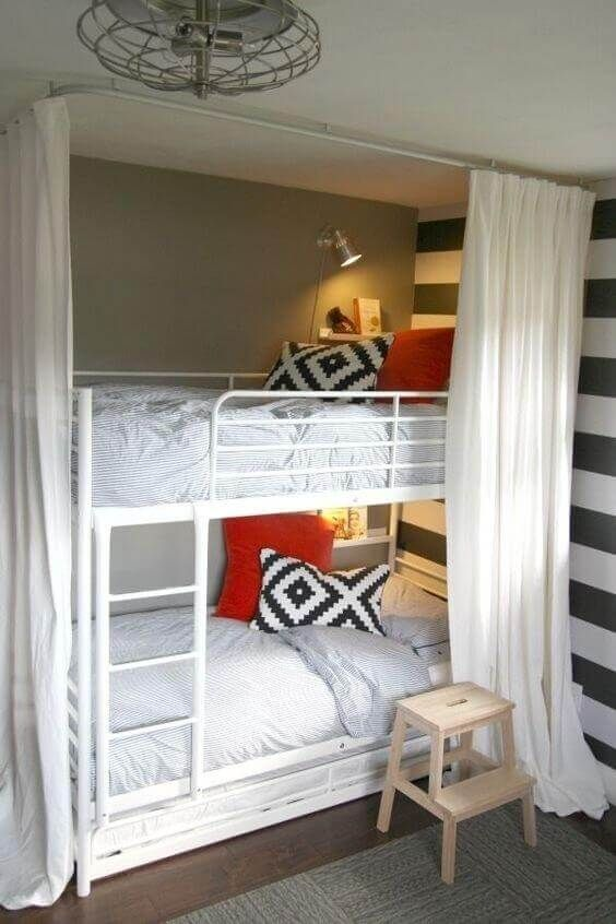 Regular bunk beds are too boring, it is time to innovate with great out-of-the-box bunks, and these bunk bed decorating ideas might just do the trick. For more ideas go to glamshelf.com