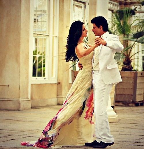 Give it a whirl. #Shahrukh #SRK #Katrina #Bollywood