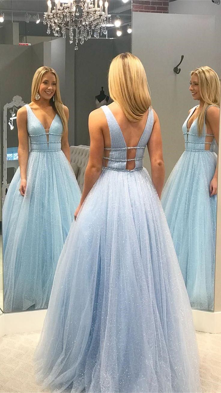 Dieses bezaubernde Brautjungfernkleid ist aus Pailletten-Tüll