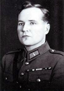 SgtMaj Onni Paronen of the Finnish Air Force.  Aerial victories of 12.3 Kills. 5 bombers, & 7 fighters.
