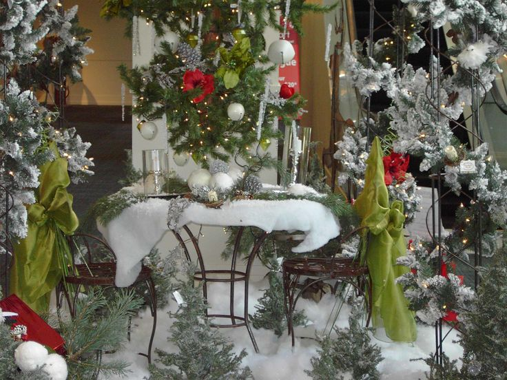 Delightful White Christmas Dinner Table Decorations Feats Garland Wreaths And Snowy Tables Twinkle Lights With