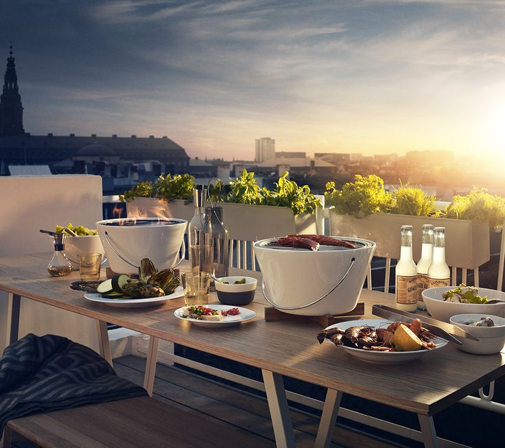 Eva Solo lovely  table grill makes me dream of perfect summer nights in the city!