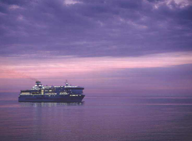 Brittany Ferries - nocturnal serenity (Pont-Aven)