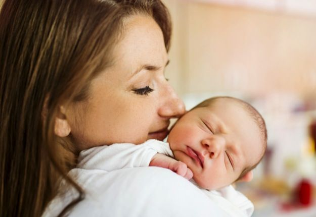 Tips to Keeping Calm the First Weeks of Motherhood   Blog   http://www.mouthsofmums.com.au/tips-to-keep-calm-in-those-first-few-weeks-of-motherhood/