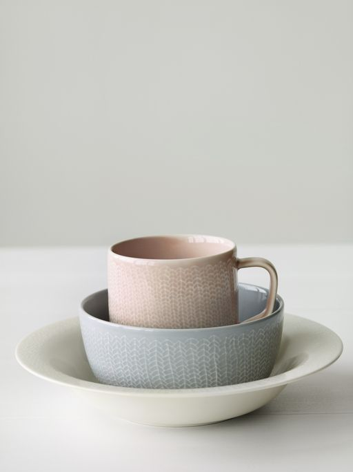Littala cups and plate