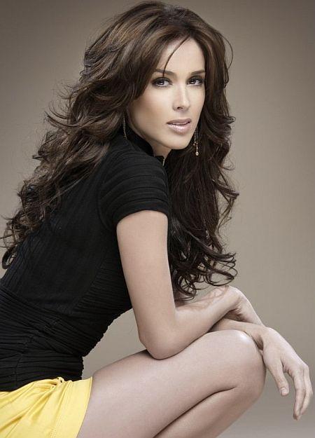 Beautiful Latin Woman 26