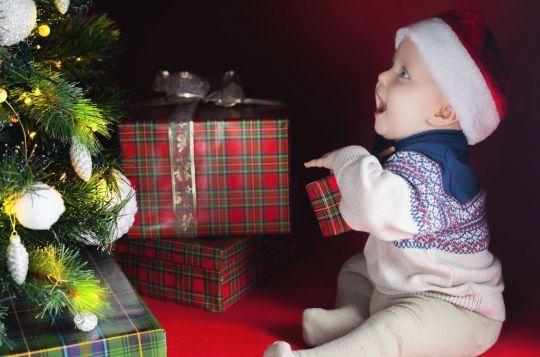 Każdy wie, że Boże Narodzenie z dziećmi jest zupełnie inne, niż bez nich. Ale na czym konkretnie polegają różnice?